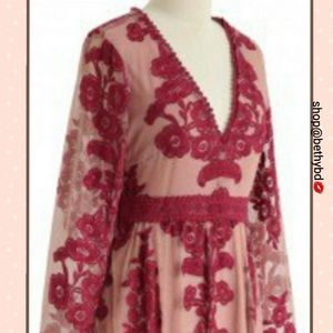 Queen of Elegance Embroidery Maxi dress